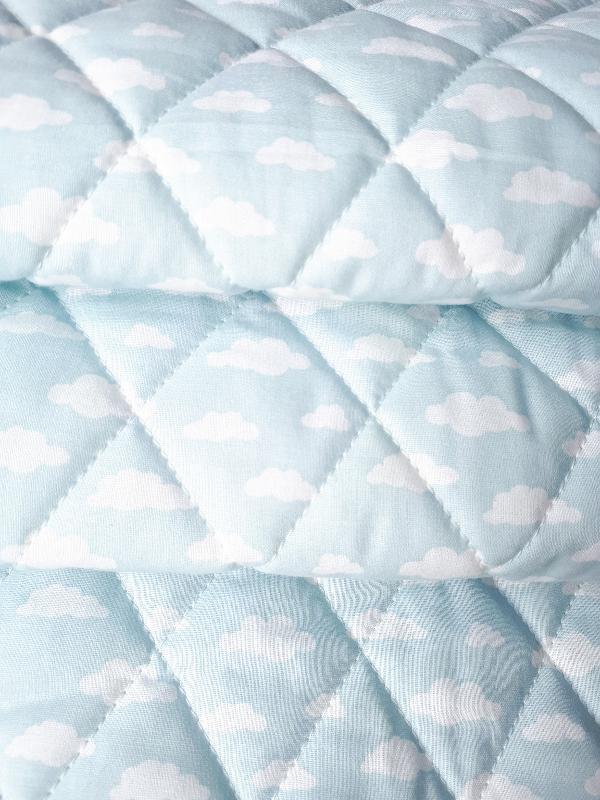 4a30c37874ace0 Bawełna Pikowana w romby – Chmurki na błękitnym tle – Dress-Code ...